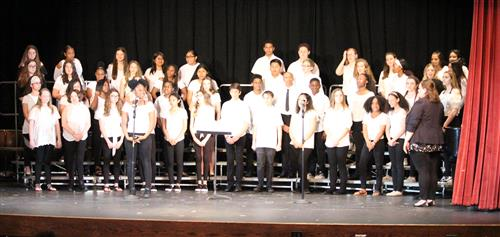 A picture of the entire GHS Choir.