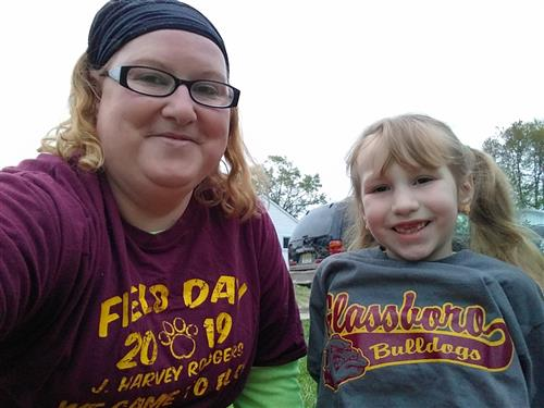 Marley Davis and her mom at their Virtual Field Day